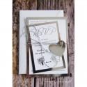 Zaproszenia Ślubne Scarlett - perłowe, z taśmą, sprzączką, koronką i złoconym napisem W30a